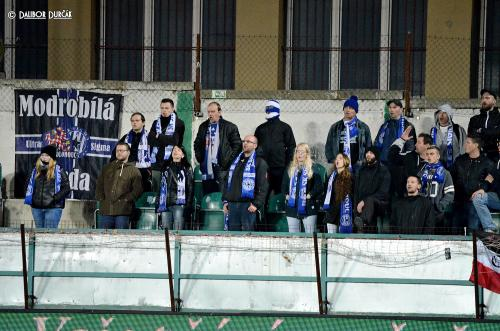 Modorbílá garda v utkání proti Bohemians Praha