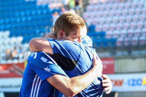 Vítězné objetí Kuba Plšek