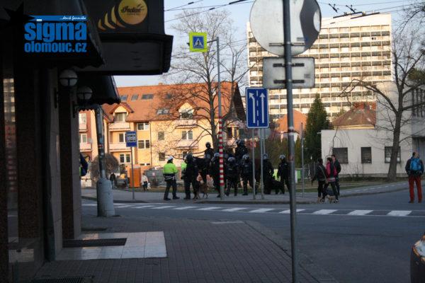 Zvířecí kavalerie policistů ve Zlíně